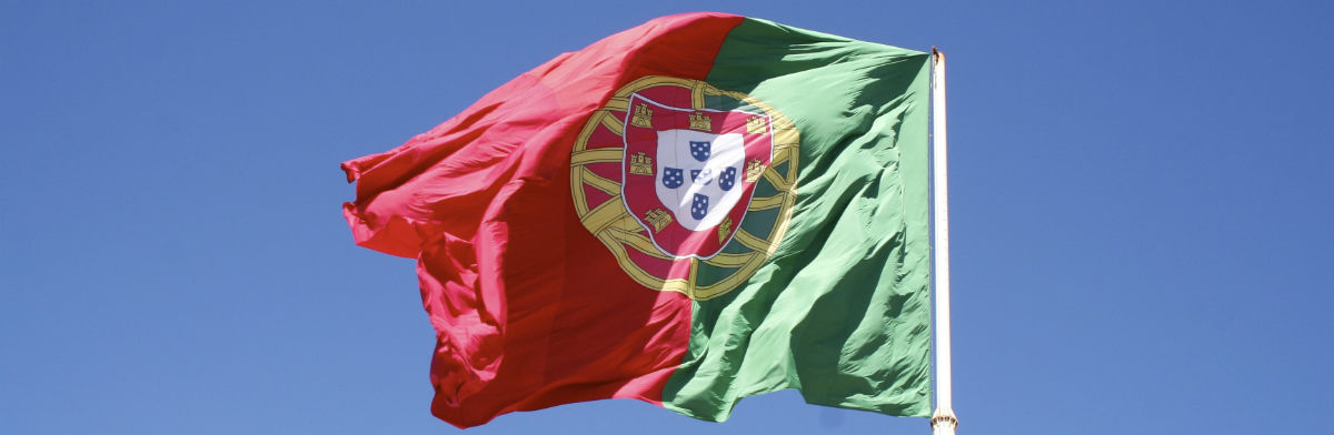 Portugisk flag som symbol for sprogrejse til Portugal